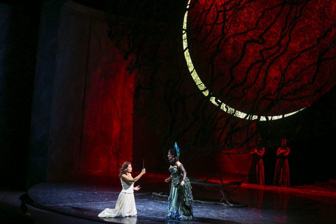 Sopranistin Olga Jelínková in der Volksoper mit der Königin der Nacht